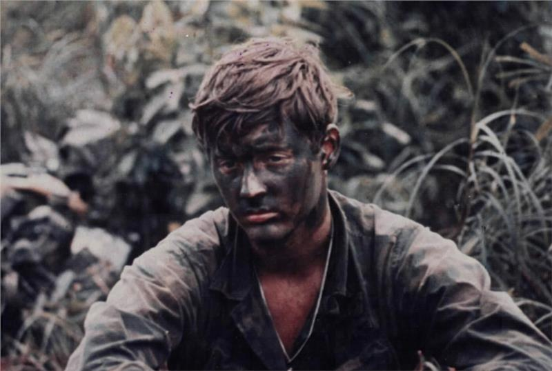 portrait de soldats A-soldier-in-us-troops-273
