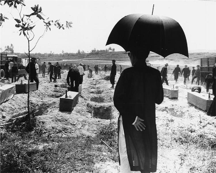 Hue Massacre Interment