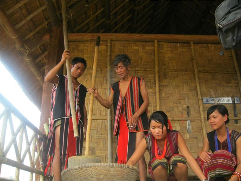 Brau ethnic people in Central Highlands