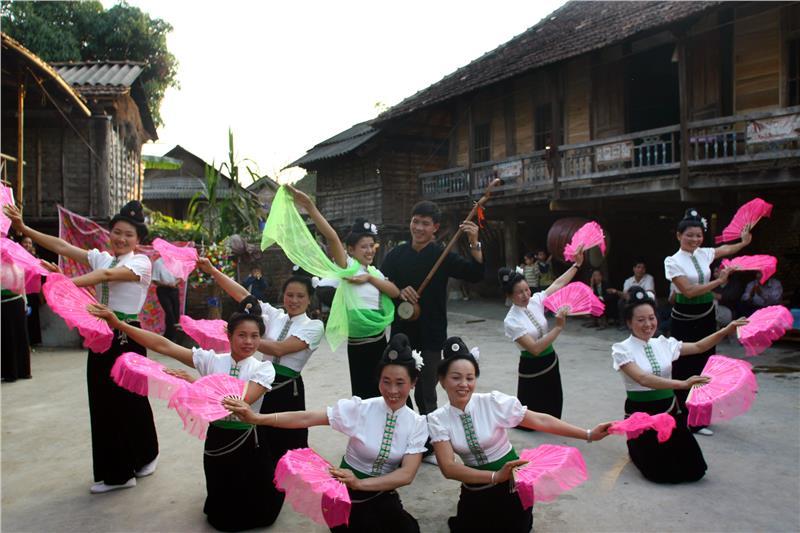 White Thai ethnic group