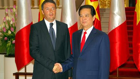 The two Prime Ministers of Vietnam and Italy