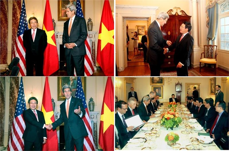 Vietnam  delegation has a talk with the US