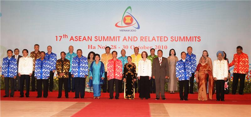 Vietnam successfully held 17th ASEAN Summit 2010