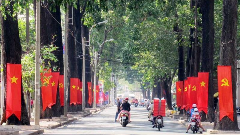 Saigon street during Reunification Day