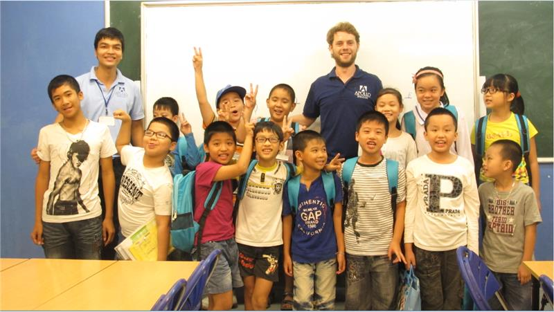 Foreign teacher at Apollo English center in Vietnam