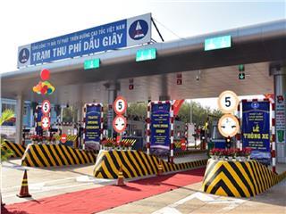 Most modern expressway in Vietnam opens