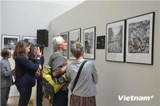 Vietnam ethnic groups exhibited in France