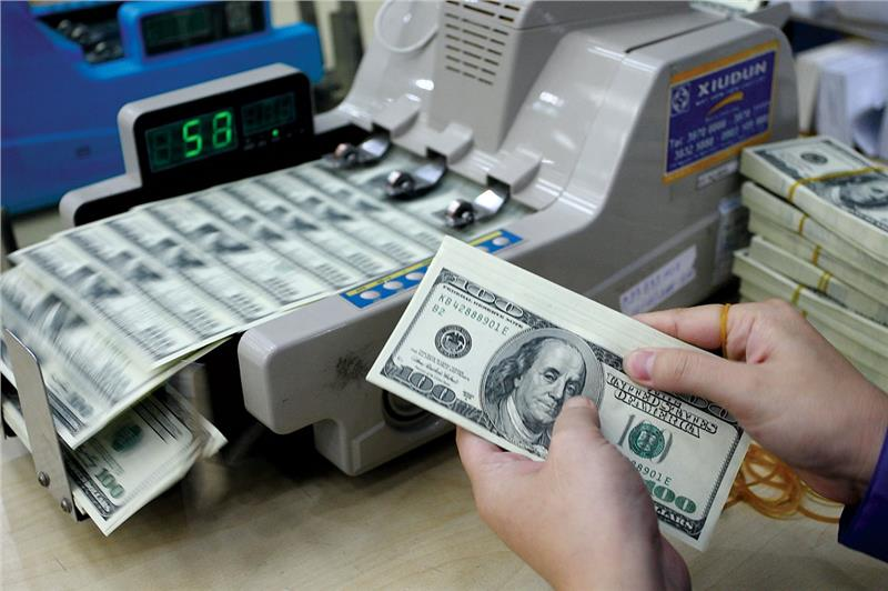 US dollar exchange in Vietnam