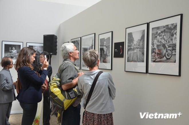 Vietnam ethnic groups exhibited in France
