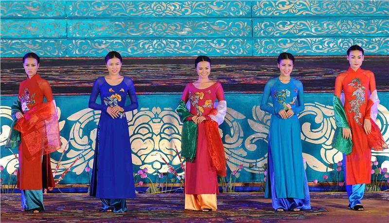 Ao Dai Festival to be held in Hanoi