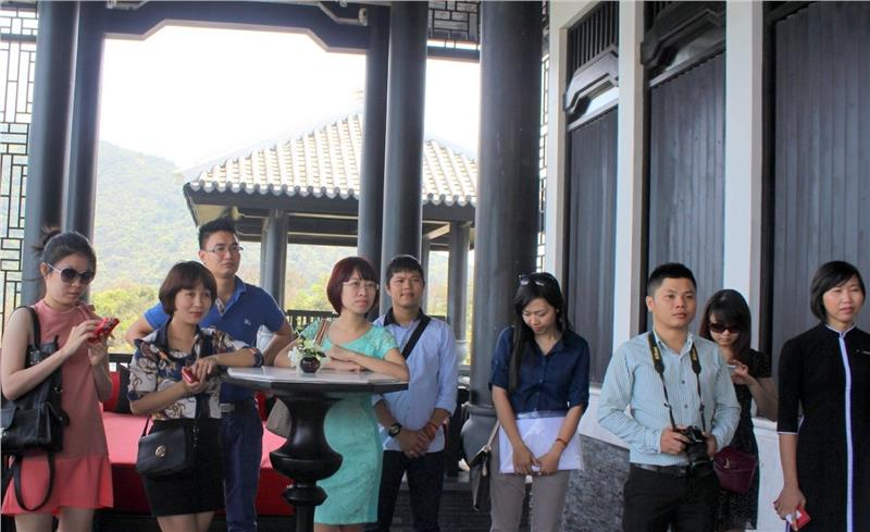 A Famtrip group in Intercontinental hotel