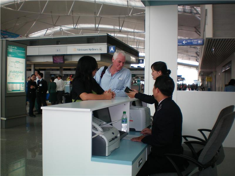 Foreign tourists at Tan Son Nhat Airport