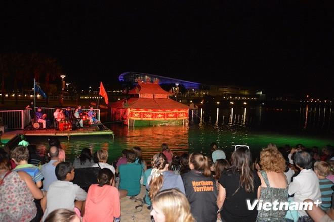Vietnamese water puppet introduced to Australian public