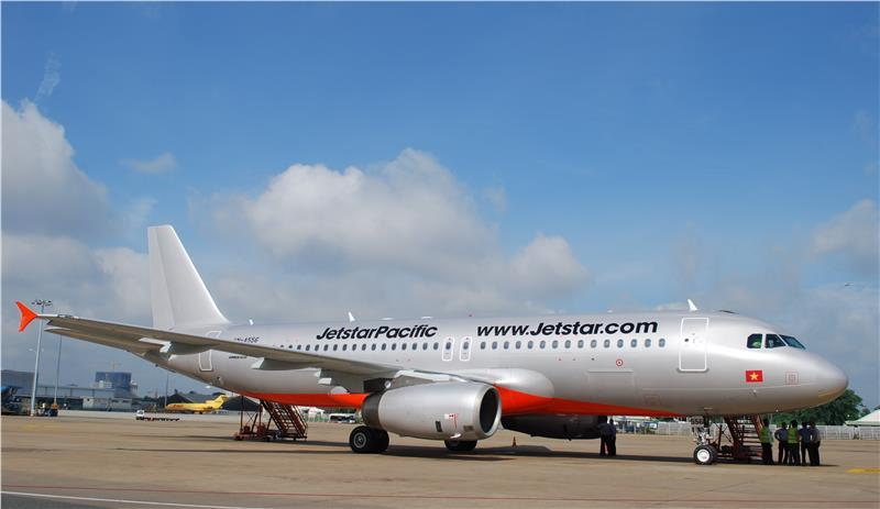 Jetstar Pacific Airlines at Tan Son Nhat International Airport