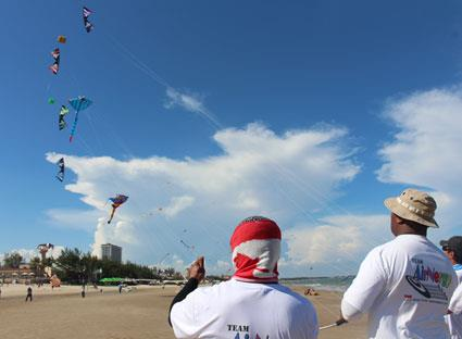 Performance in International Kite Festival 2014