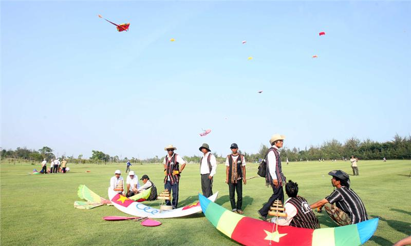Teams in the International Kite Festival 2014
