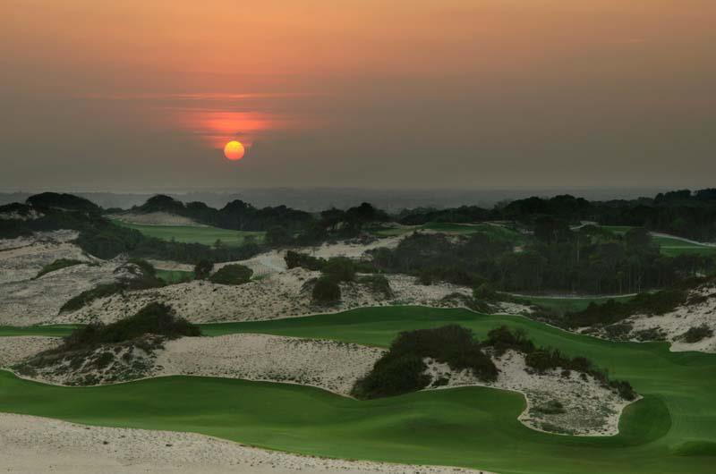 Sân golf tại khu du lịch Hồ Tràm