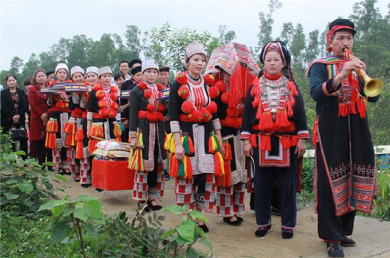 Red Dao ethnic wedding