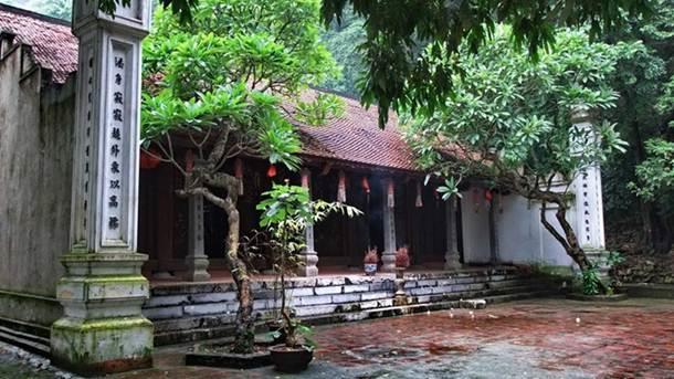 Khu du lịch sinh thái chùa Trầm Chương Mỹ