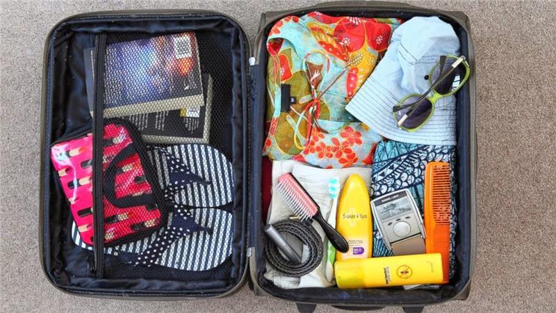 Có được mang chất lỏng trong hành lý ký gửi và xách tay