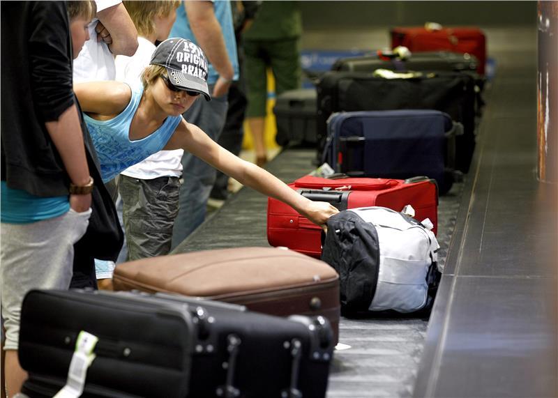 Hành lý ký gửi khi đi máy bay bị giới hạn kích thước