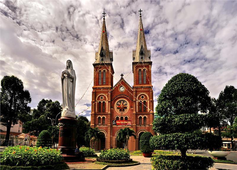 Những công trình kiến trúc nổi tiếng Việt Nam